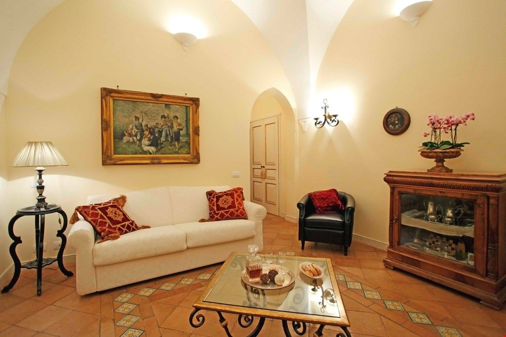 CHARMING VILLA near Amalfi with Pool & Wifi. **Up to $-2864 USD off - limited time** We respond 24/7