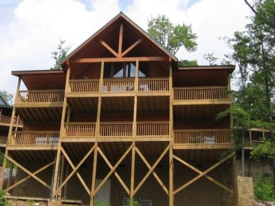 TOP PICK  by Gatlinburg Tour - 5 Bed, 5 Bath -5 Star Reviews