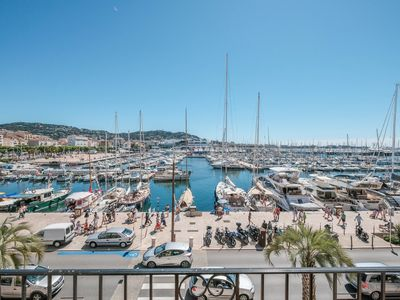 Photo for Apartment ideally located on the old port of Cannes