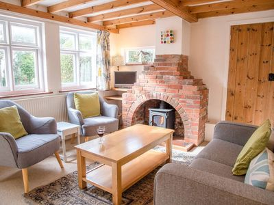 Photo for Homeleigh Cottage, Southwold