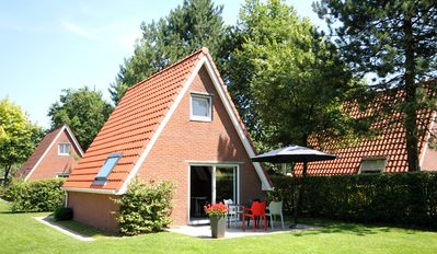 Photo for Cozy house in a holiday park in Sint Nicolaasga / Langweer (Free Wifi)