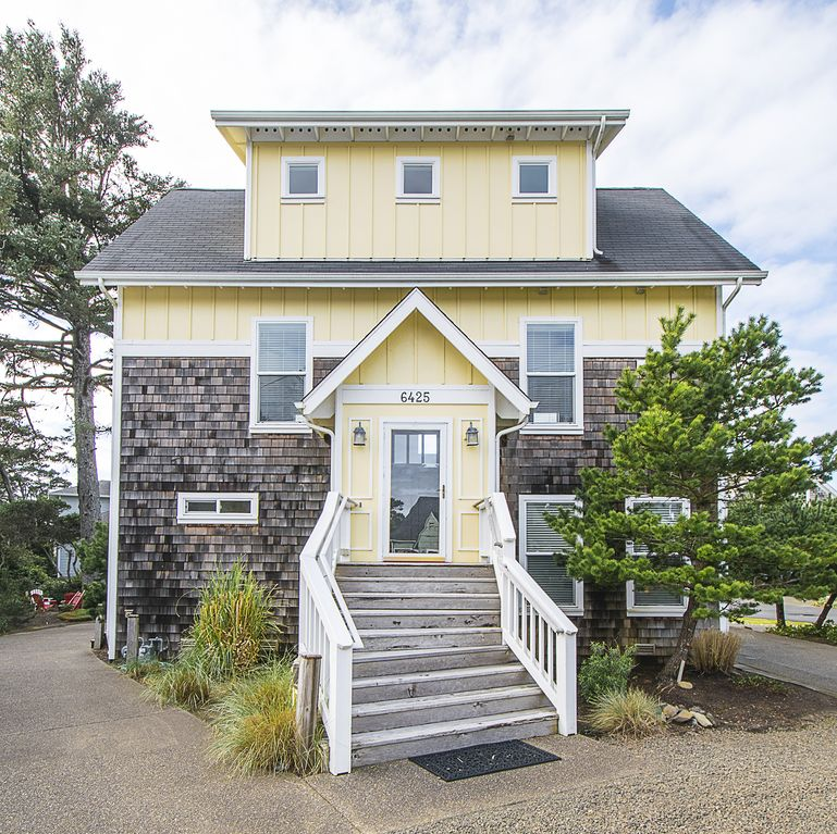 Vacation Rentals In Lincoln City Or: Ebb Tide Is A Custom Built Home Designed For Vacation