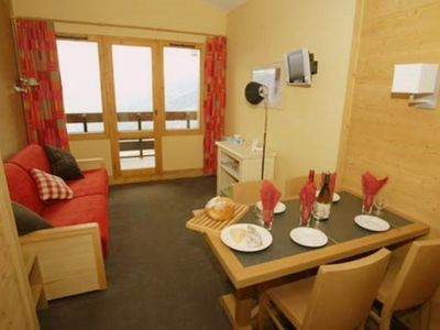Photo for Chantelouve - 1 bedroom apartments sleeps 4 in the heart of Paradiski