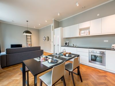 Photo for Grand-place 403 apartment in Brussels Centre with WiFi, balcony & lift.
