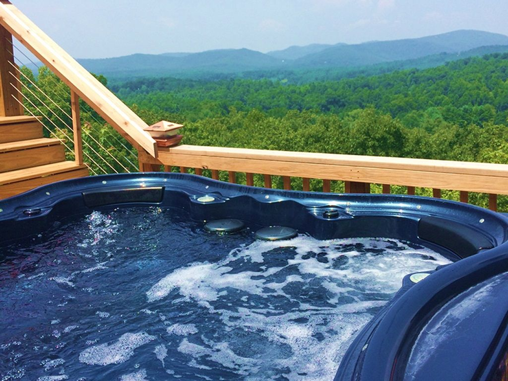 Foodie*Reunion*Hot Tub*Spectacular Mountain... - VRBO