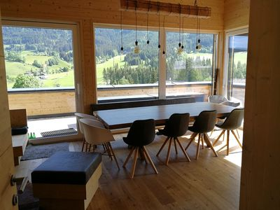 Photo for Modern chalet, new building 2017, 5 bedr. M. Bath en suite, direct access to the slopes