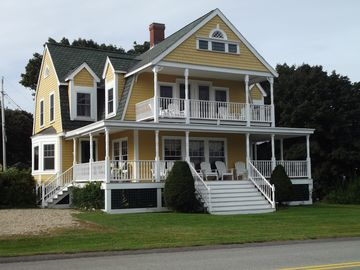 Large Victorian Beach House Close to Short Sands Beach