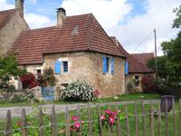 Lovely traditional stone cottage in the Dordogne