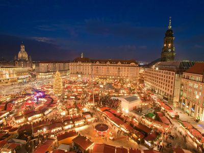 Photo for Dresden greets its guests - App. overlooking Frauenkirche