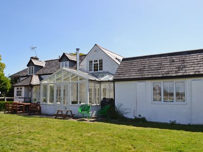 Photo for 4BR House Vacation Rental in Tiptoe, near Lymington