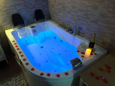 Photo for Suite with private SPA, sauna and jacuzzi near Pompeii, Naples and Sorrento