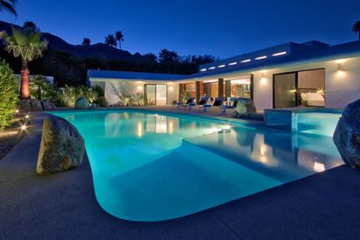 New saltwater pool and spa, mountain views and outdoor living room.