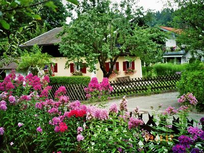 Photo for Near Chiemsee: Holiday House Beate (85m²) family friendly with 2 separate bedrooms.