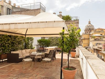 Photo for Perfect Large Terrace-Navona-Campo de Fiori-Luxury-Turtle Fountain-W/D-Free WiFi