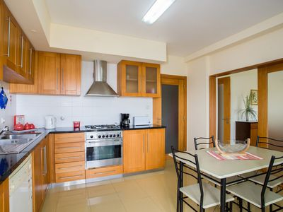 Photo for Family Holidays with Space, Sunny, Sea View, Quiet, Downtown & free easy Parking