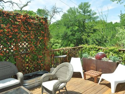 Photo for 2/1 with beautiful patio views, king and queen bed
