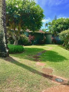 Welcome to our spacious cottage in paradise! Just steps from parking & pool!