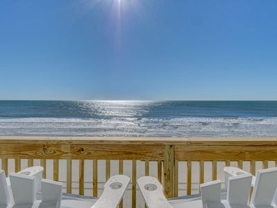 Photo for Fully Remodeled STUNNING Single Story Private Oceanfront with Hot Tub Sleeps 10