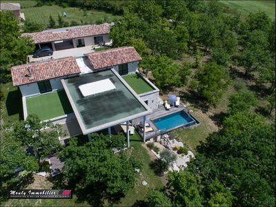 Photo for Amazing Villa with show kitchen, Pool & Lake - Cahors