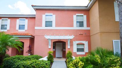 Photo for Stay at Walkin on Sunshine - a 3 bed family town home in Encantada - near Disney