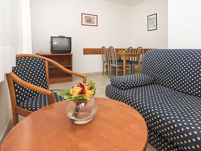 Photo for Apartment Polynesia in Umag - 4 persons, 1 bedrooms