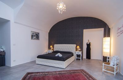 Photo for Room in downtown Turin with Private Bathroom and Breakfast