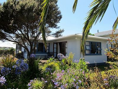 Photo for Woodbine Cottage - Raglan Bach