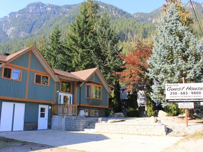 Photo for Base Camp Guest House - Whole House, 2 Hot-tubs, 2 Kitchens, Sleeps 16