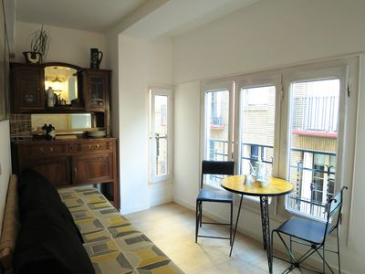 Photo for Cozy apartment in the center of Zaragoza, next to Plaza España