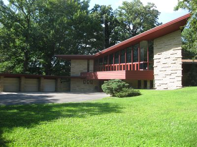 The Elam House is a very unique 'Usonian' with over 100 windows