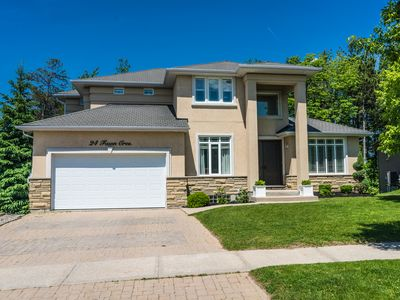 Photo for 3BR House Vacation Rental in Barrie, ON