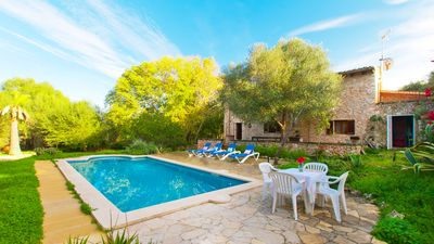 Photo for Beautiful rustic finca with charm for 8 with pool and gardens in Costitx