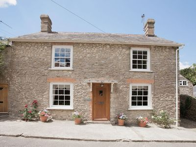 Photo for 3 bedroom property in Bridport.
