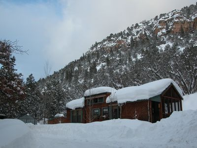 Photo for Romantic Cabin on Private Acreage Five Min. From Downtown, Hiking, Great Views!