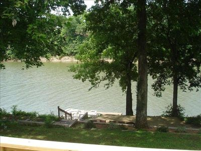 Photo for Beautiful Water Front Cottage in Fabulous Location. Opryland..