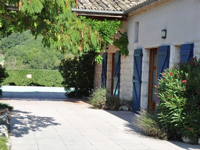 Photo for Cosy holiday home with private pool and stunning views.