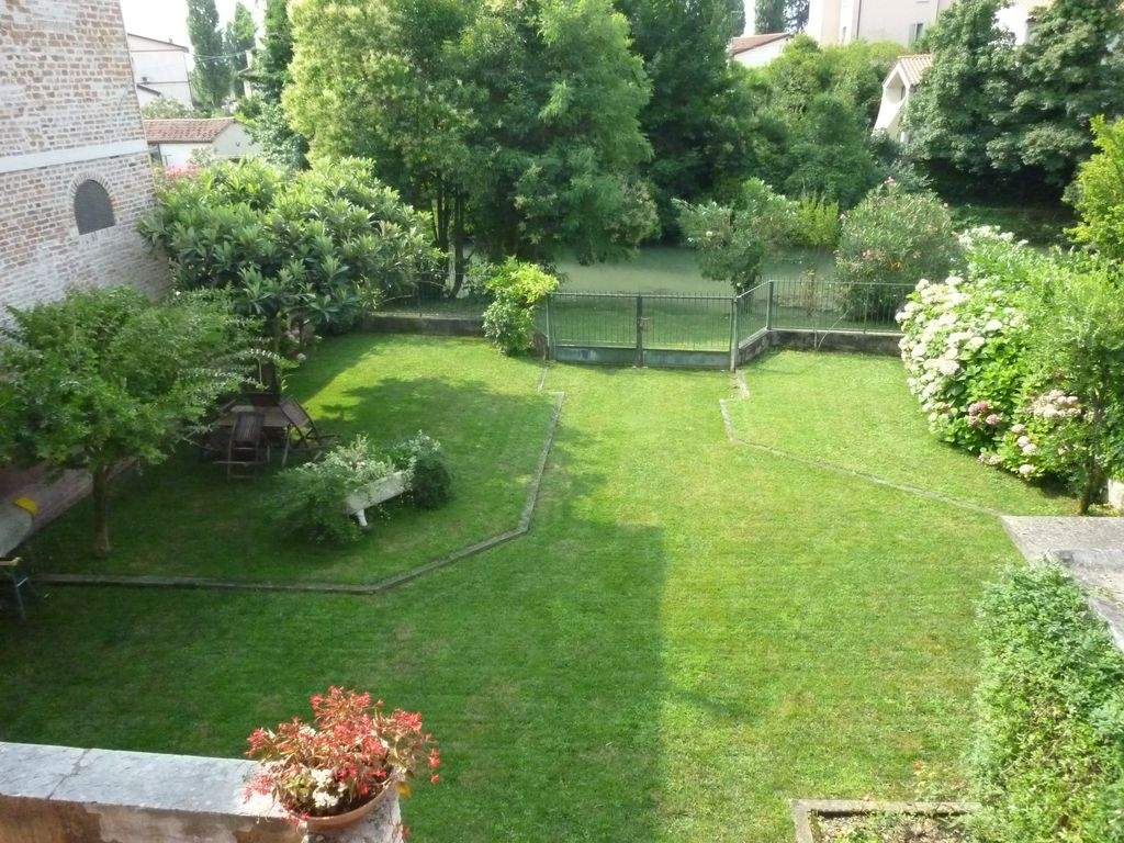 Fabulous apartment 4 1 people 100m2 garden with view on for Jardin 45 m2