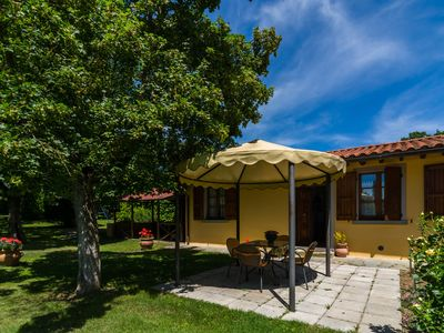 Photo for Farmhouse with garden, private terrace, panoramic swimming pool, organic wine