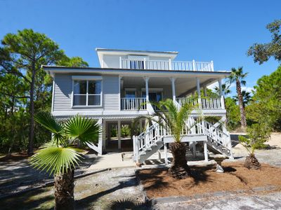 Photo for YOUR BEACH PARADISE IS WAITING FOR YOU AT PELICAN COTTAGE!