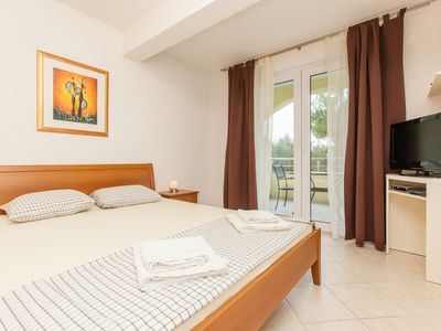 Photo for Apartments overlooking the sea, Okrug Gornji Trogir Split
