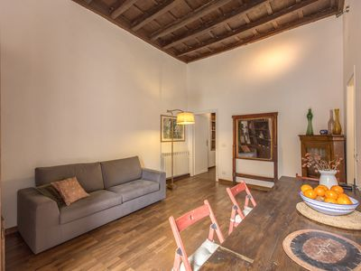 Photo for Borgo Pio apartment in Vaticano with WiFi, air conditioning & shared garden.