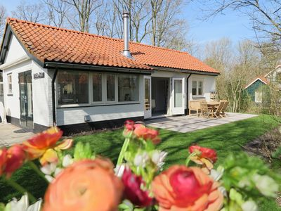 Photo for Pleasant house, directly behind the dunes of the Netherlands' largest southern beach!