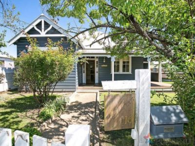 Photo for Belltrees Cottage - Central and convenient