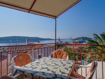 Photo for Apartment with sea view Ruzica 1
