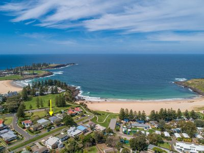 Photo for 8 ON CHAPMAN, Kiama - moments from Kendalls Beach & 4pm check out on Sundays!