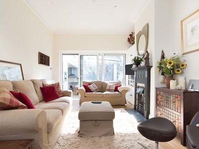 Photo for UP TO 20% OFF - Charming 2 bed home, located in trendy Fulham (Veeve)