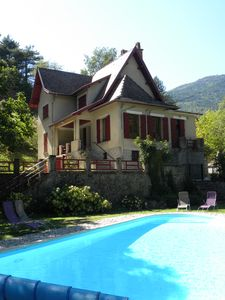 Photo for House with character: private pool and 3000 m² quiet wooded fenced park