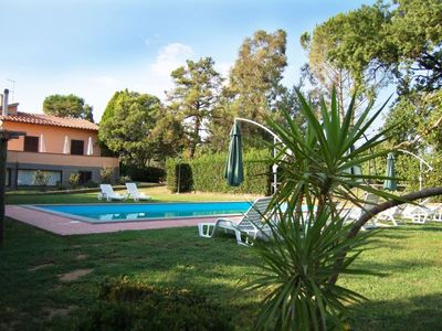 Photo for Villa with pool and large grassy garden. 60 km away from Rome.