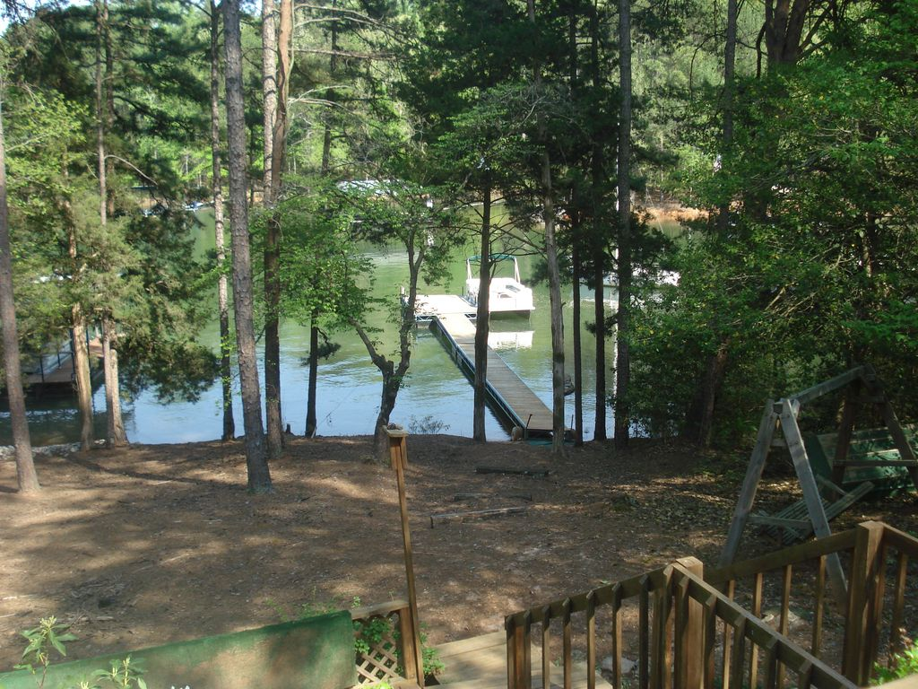 Quiet Water S Edge Cabin With Great View Good Swimming