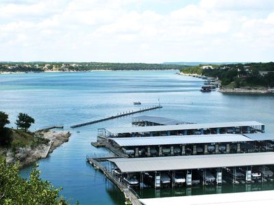 Waterfront All-Suite w/ Private Balcony – On-Site Dining, Spa & Marina